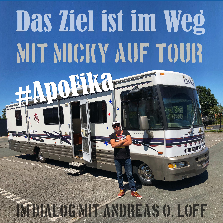 """#ApoFika 06, auf Tour mit Micky Beisenherz """"Stuttgart ist ein Kessel"""" mit Pierre M. Krause ohne Sophie Passmann"""