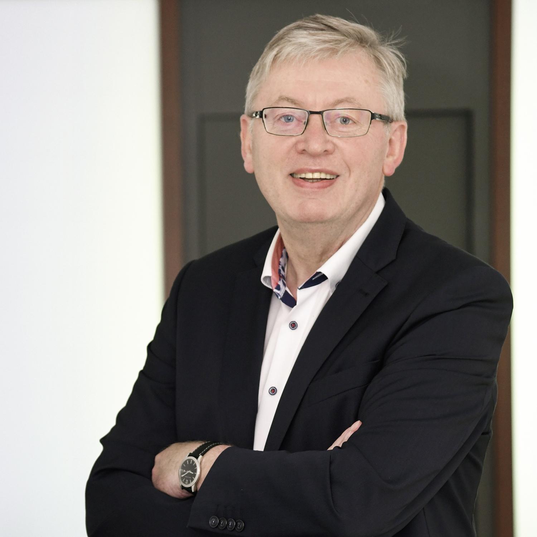 Der bescheidene Macher: Dr. Heiner Kleinschneider - Wirtschaft aktuell - Der Podcast