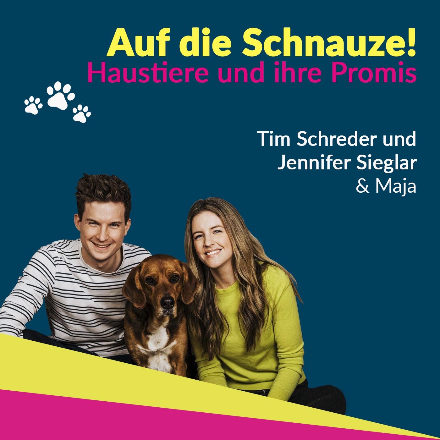 Jennifer Sieglar und Tim Schreder - ein Paar mit Hund!